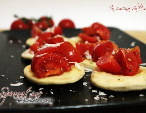 Spianatine con pomodorini e grana