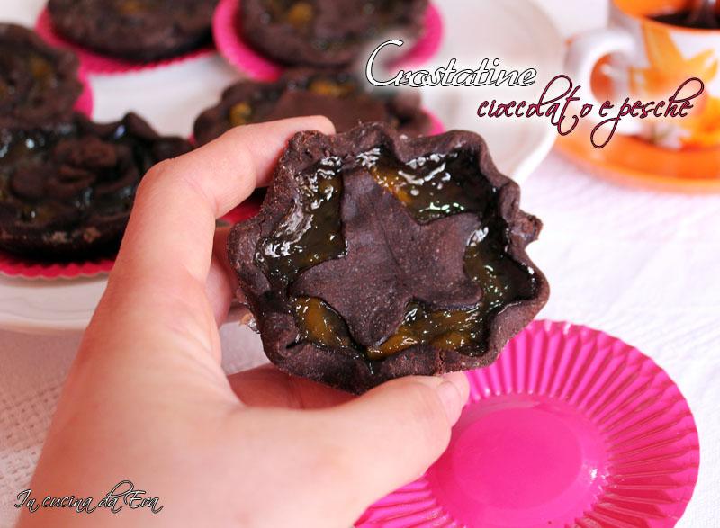 Crostatine cioccolato e pesche