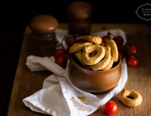 Taralli al pomodoro e peperoncino