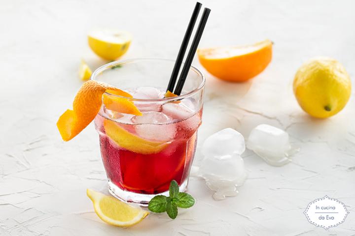 Negroni Sbagliato Ricetta Giallo Zafferano.Americano Cocktail Pre Dinner Drink Alcolico Italiano