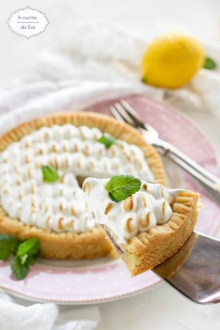 Crostata-meringa-crema-ed-amarene-2