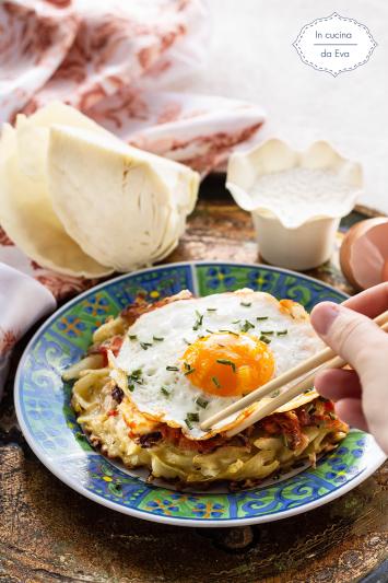 Okonomiyaki strett food giapponese