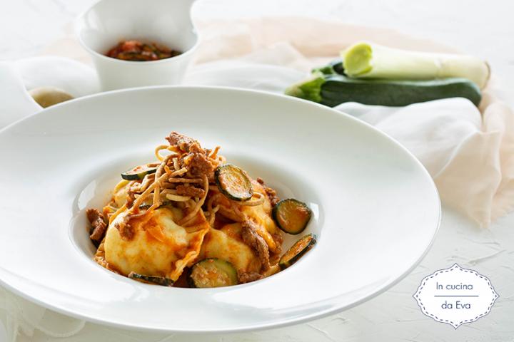 Ravioli ripieni di patate e macinato