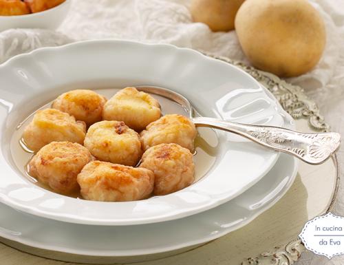 Palline di patate in brodo