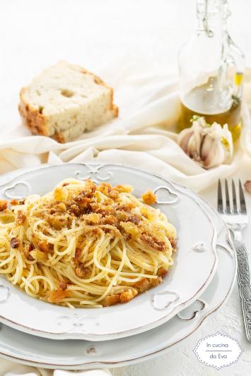 Spaghetti aglio olio e mollica 1