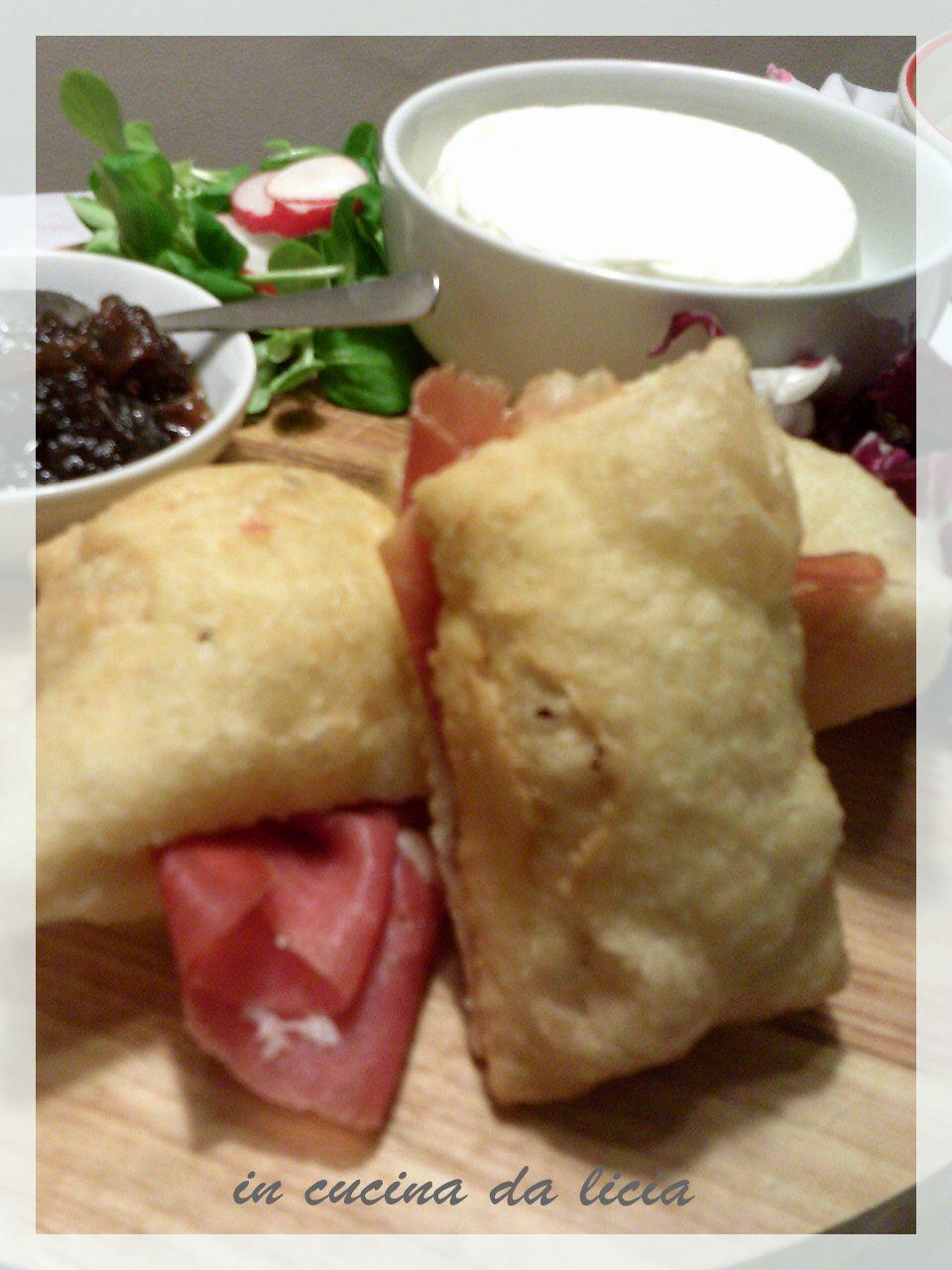 Piadina fritta gnocco fritto in cucina da licia - Gnocco in cucina ...