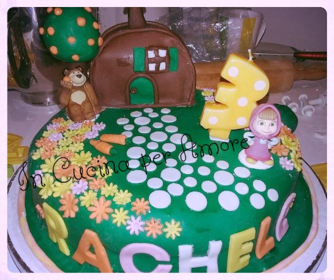 Torta Masha E Orso In Cucina Per Amore