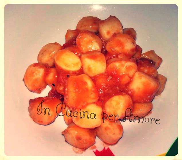 Gnocchi con ragù di salsiccia