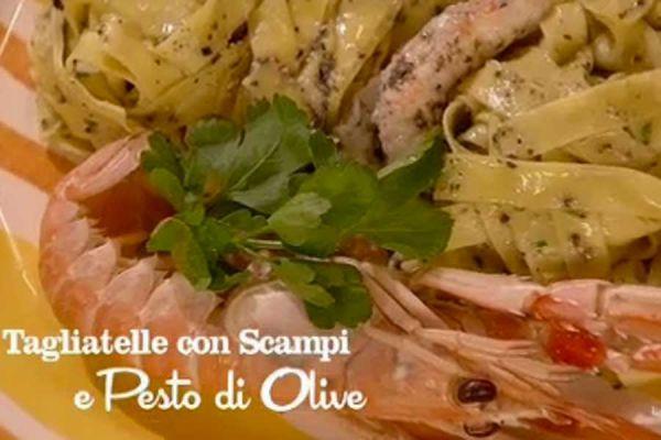 Tagliatelle con Scampi e Pesto di Olive