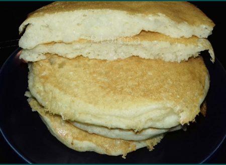 Pancake albumi e farina di cocco