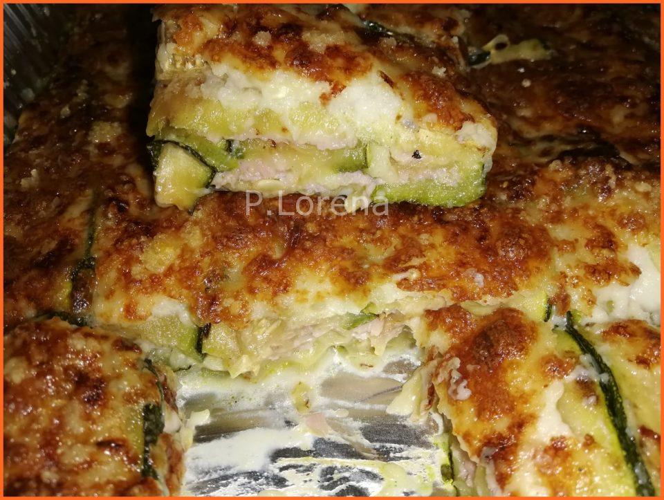 Parmigiana bianca di zucchine e prosciutto cotto