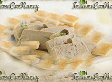 Paté di Natale con crostini di pane