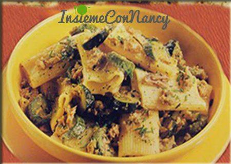 Rigatoni con zucchine e sgombro