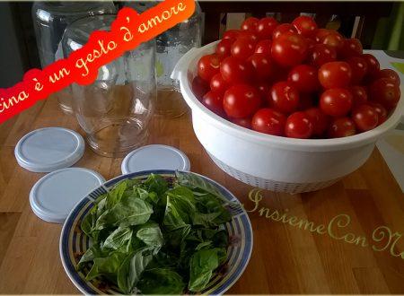 Pomodorini interi al naturale