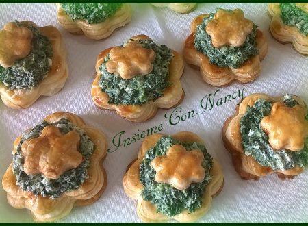Fiori di pasta sfoglia con ricotta, spinaci e provola