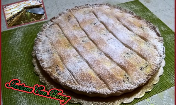 Crostata farcita con ricotta e gocce di cioccolato