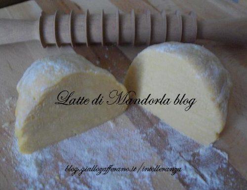 Pasta fresca all'uovo fatta in casa | Ricetta impasto base