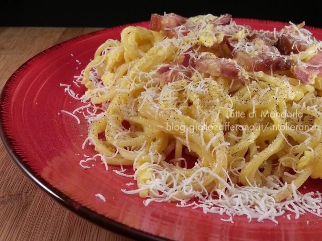 Ricetta pasta alla carbonara con panna