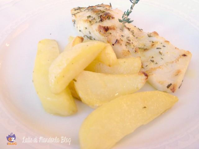 Filetto di pesce persico al forno marinato con rosmarino e limone