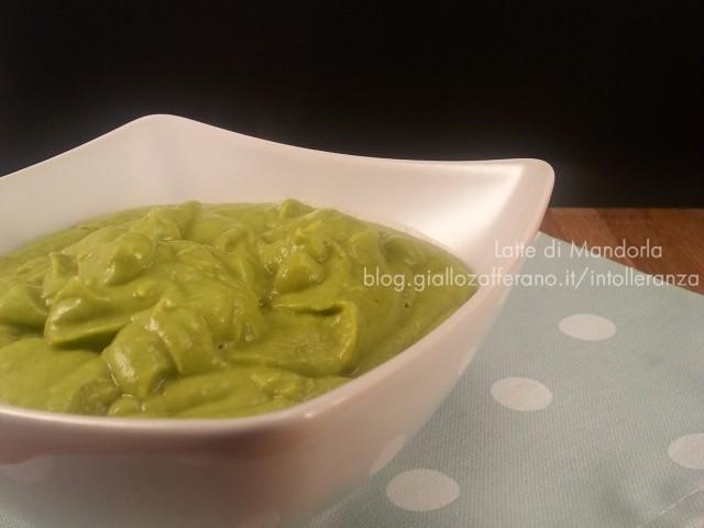 Crema di piselli per condire la pasta