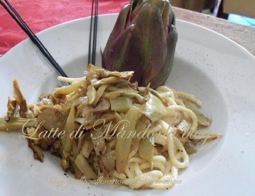Pici toscani con carciofi | Ricetta pasta, a basso contenuto di lattosio