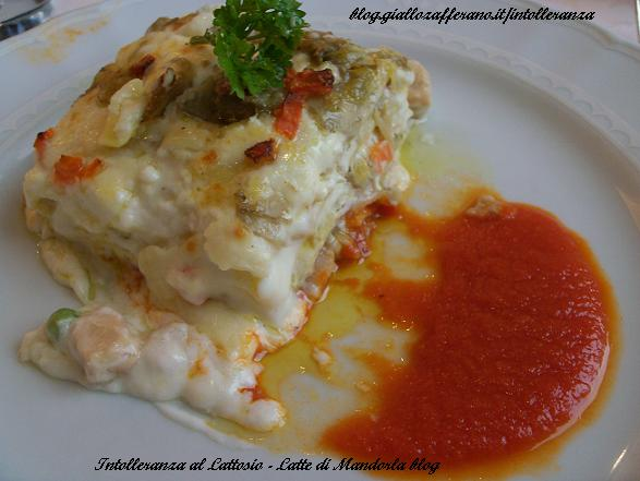 lasagnette con ragu' di pollo, bacon e funghi porcini  con fonduta di pomodoro-intolleranza al lattosio-latte di mandorla blog