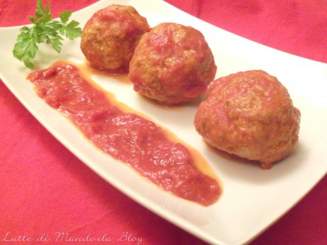 Polpette con peperoni e finocchietto ricetta facile