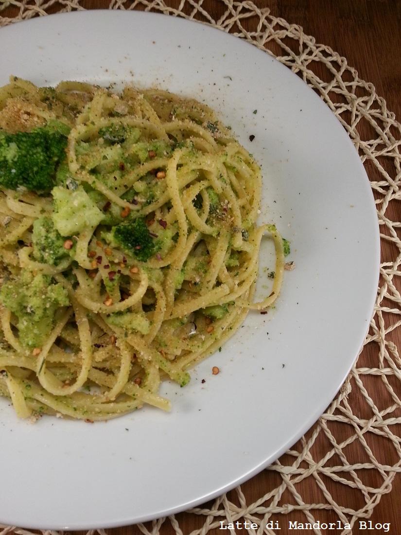 Tagliatelle con Patate broccoli e pancetta