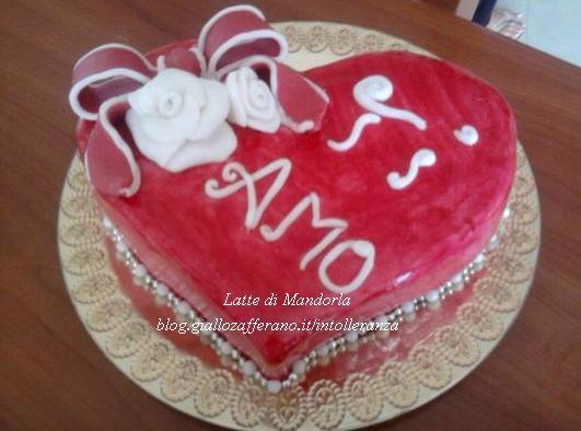 torta cuore in pasta di zucchero