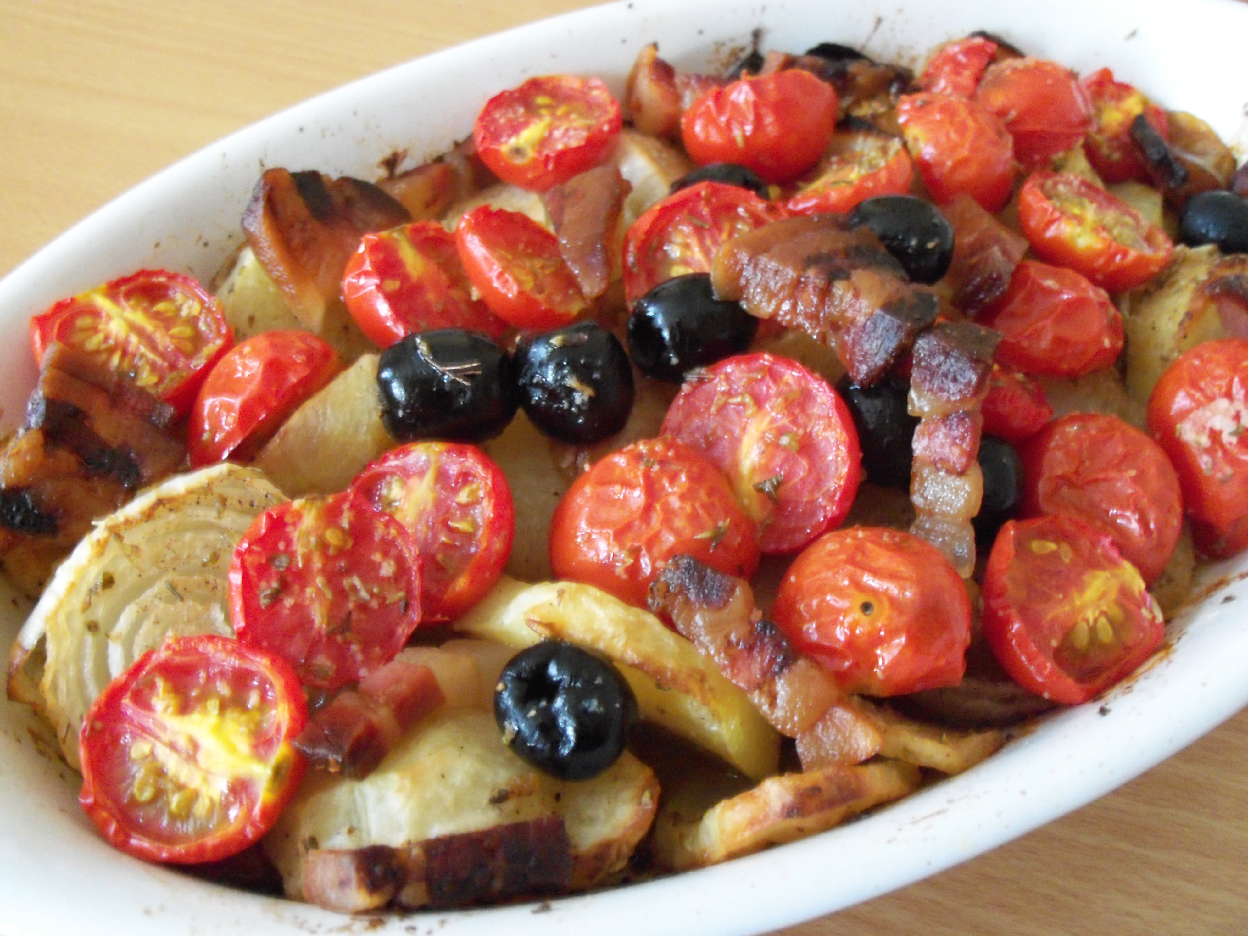 PATATE ARRAGANATE AL FORNO