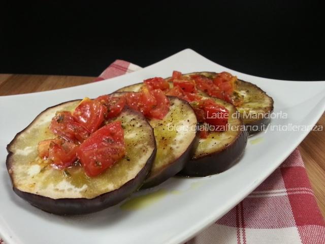 Melanzane al cartoccio con pomodorini