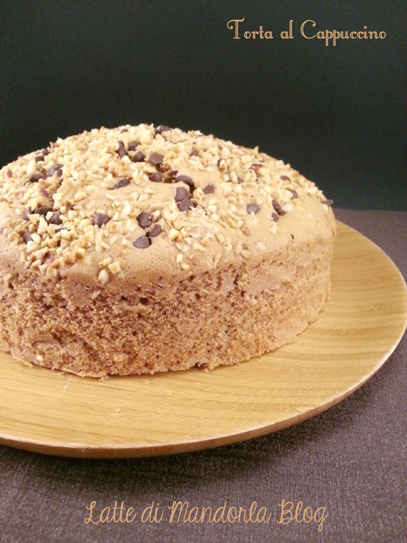 Torta al cappuccino con gocce di cioccolato