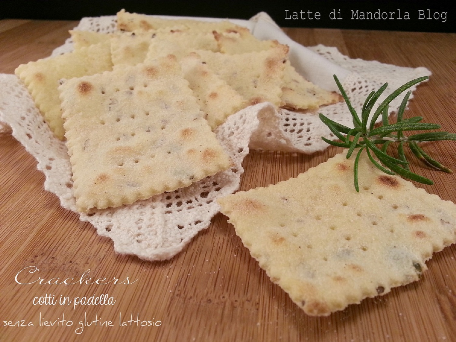 Crackers ai semi tostati cotti in padella fatti in casa for Case di cracker di florida