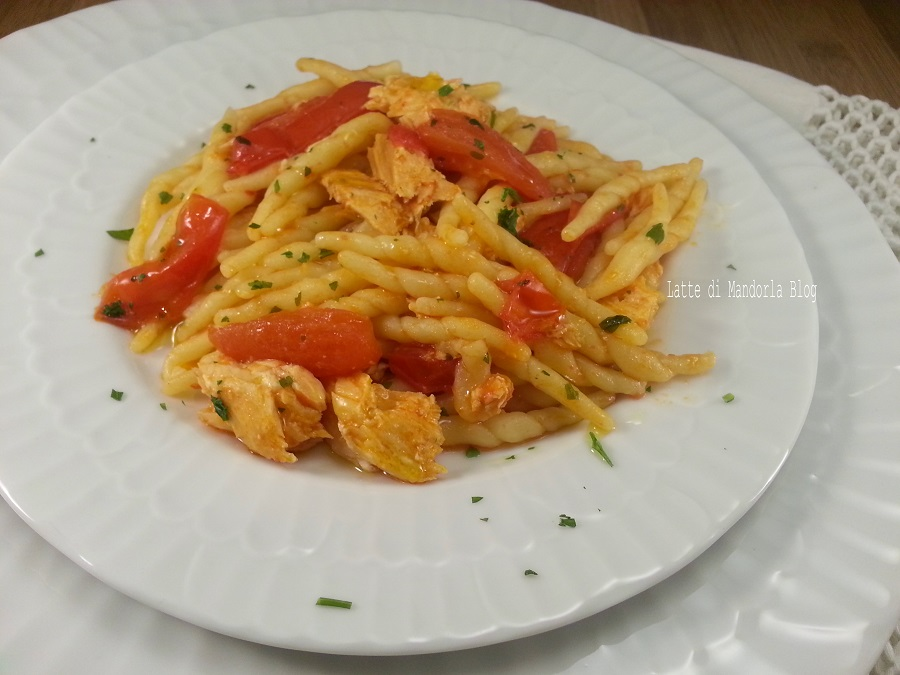 PASTA CON SALMONE E POMODORO FRESCO -Blog Ricette senza Lattosio per intolleranti – Copyright © All Rights Reserved (Blog Giallozafferano)