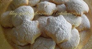 Biscotti al limoncello, senza lattosio | Ricetta di Natale