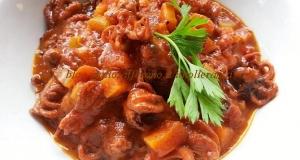 Moscardini con fagioli cannellini e carote in guazzetto