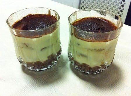 Mousse al mascarpone con caffè e cioccolato