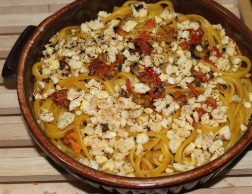 Linguine croccanti, pasta con cozze vongole e fagioli