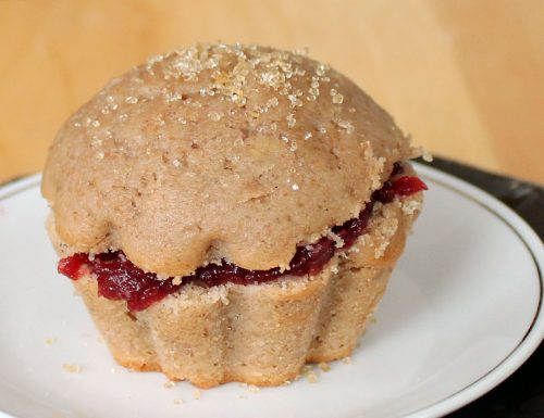 Muffin alle Pesche con Vino rosso e Confettura di amarene