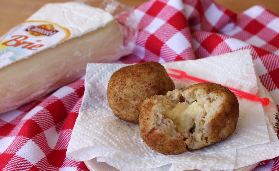 crocchette di plumcake salato con cotto e formaggio brie