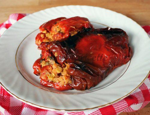 Peperoni ripieni leggeri e vegetariani