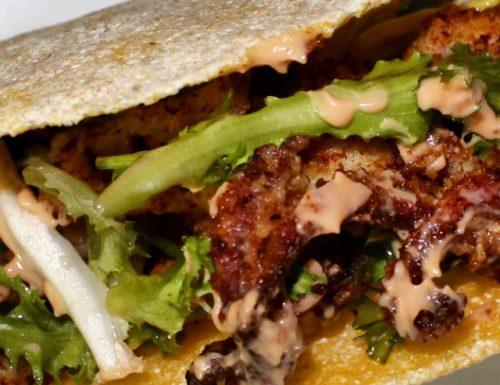 Tacos di Mais con ciuffi di Calamari in Salsa rosa