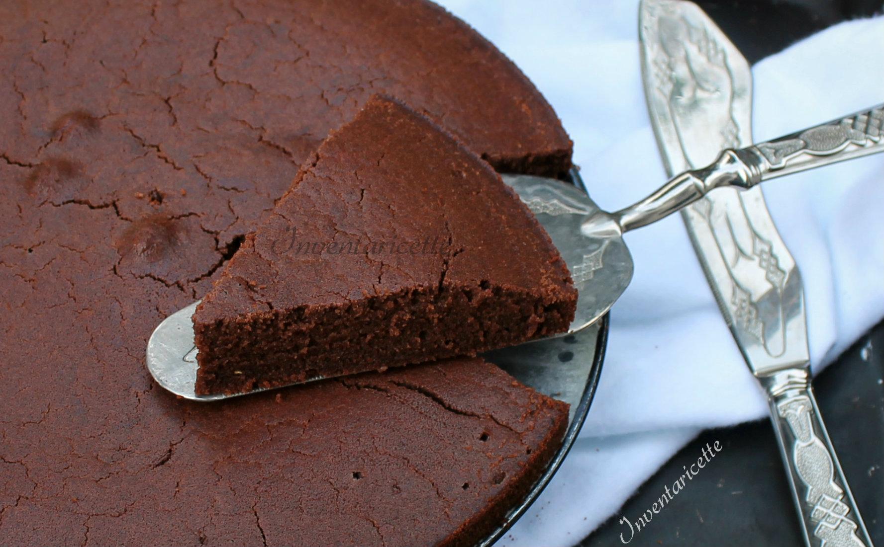Torta Farina Riso Senza Uova.Torta Al Cioccolato Con Farina Di Riso Senza Uova E Senza