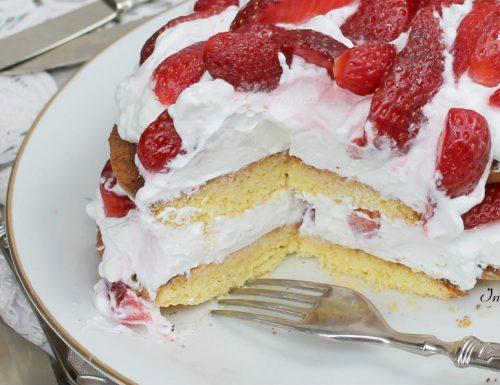 Torta Fredda alle Fragole e Limoncello | Senza Cottura