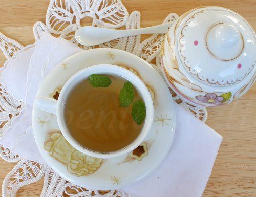 Tisana per alleviare dolori mestruali ed irritabilità