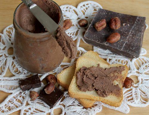 Crema spalmabile light nocciole e cioccolato