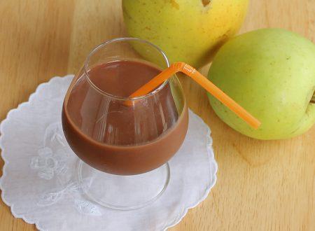 Frullato mela e cioccolato
