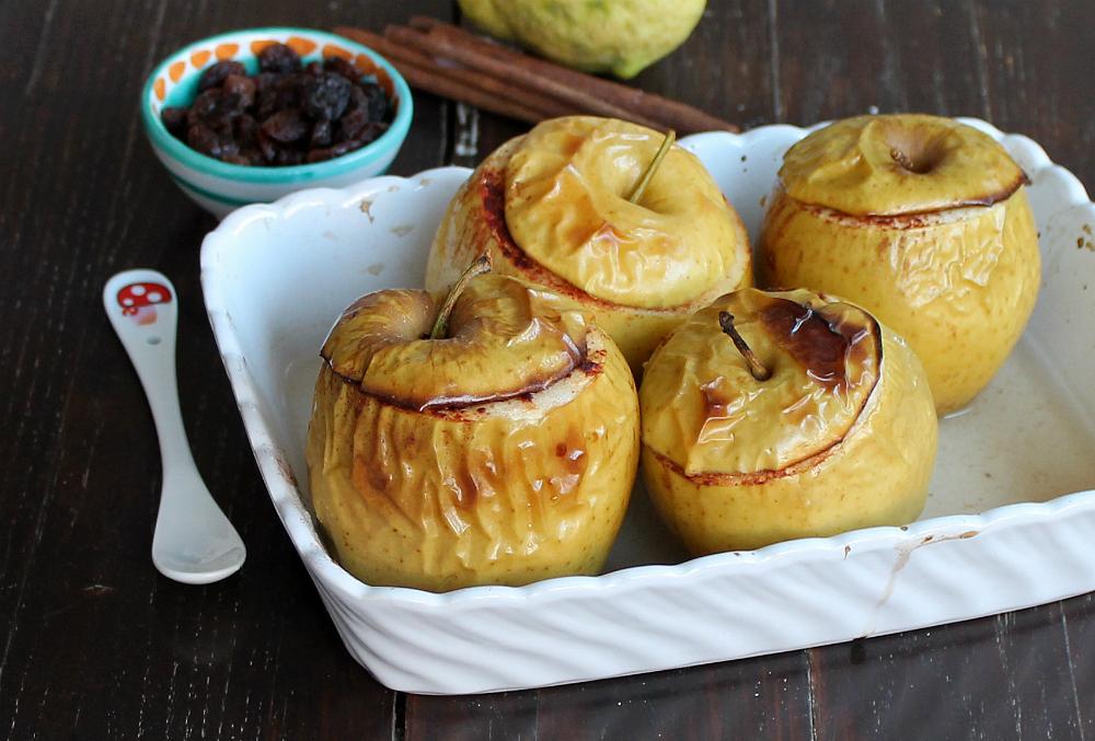 MELE COTTE AL FORNO ricetta dolce leggero con uvetta cannella