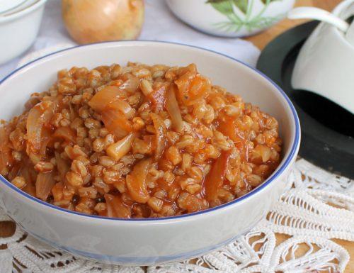 ZUPPA DI FARRO E CIPOLLE ricetta facile e gustosa