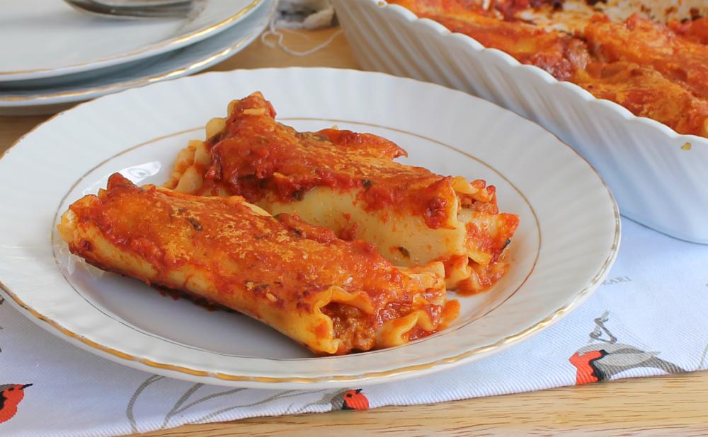 LASAGNA AL FORNO ricetta rotolini con ragù e formaggio